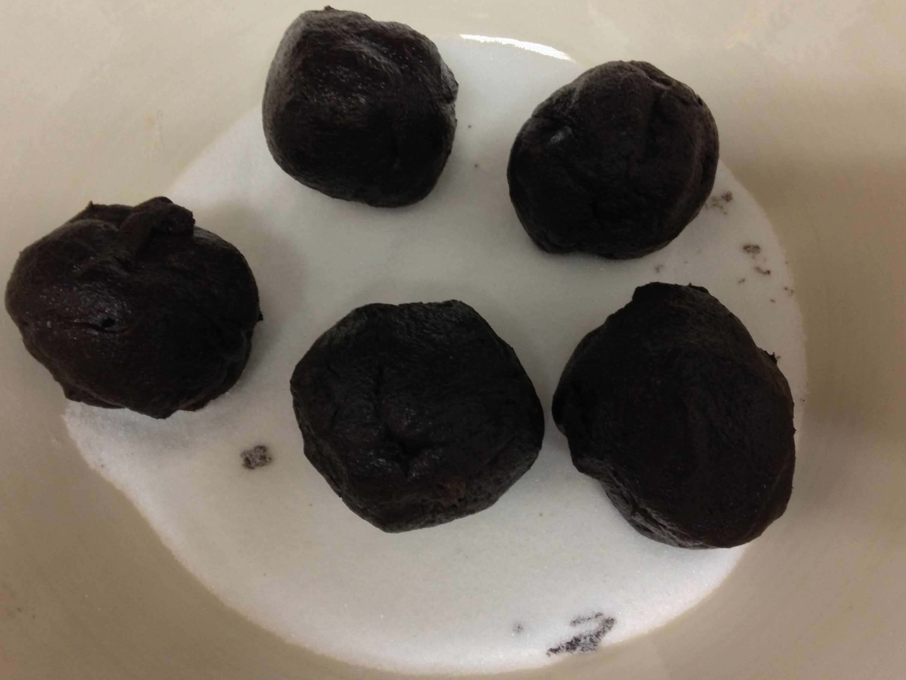 chocolate balls in sugar