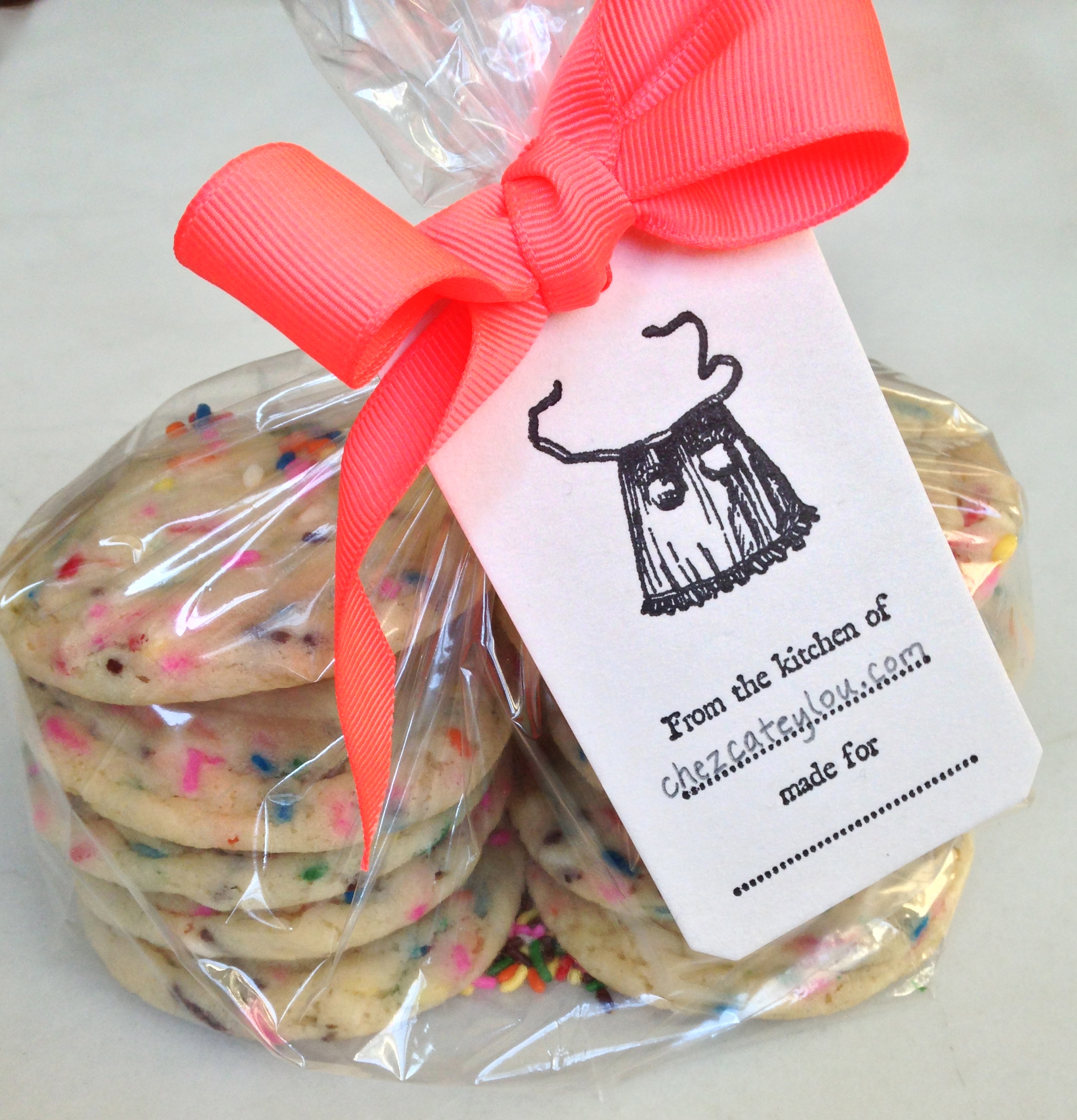 Funfetti Sugar Cookies | ChezCateyLou.com