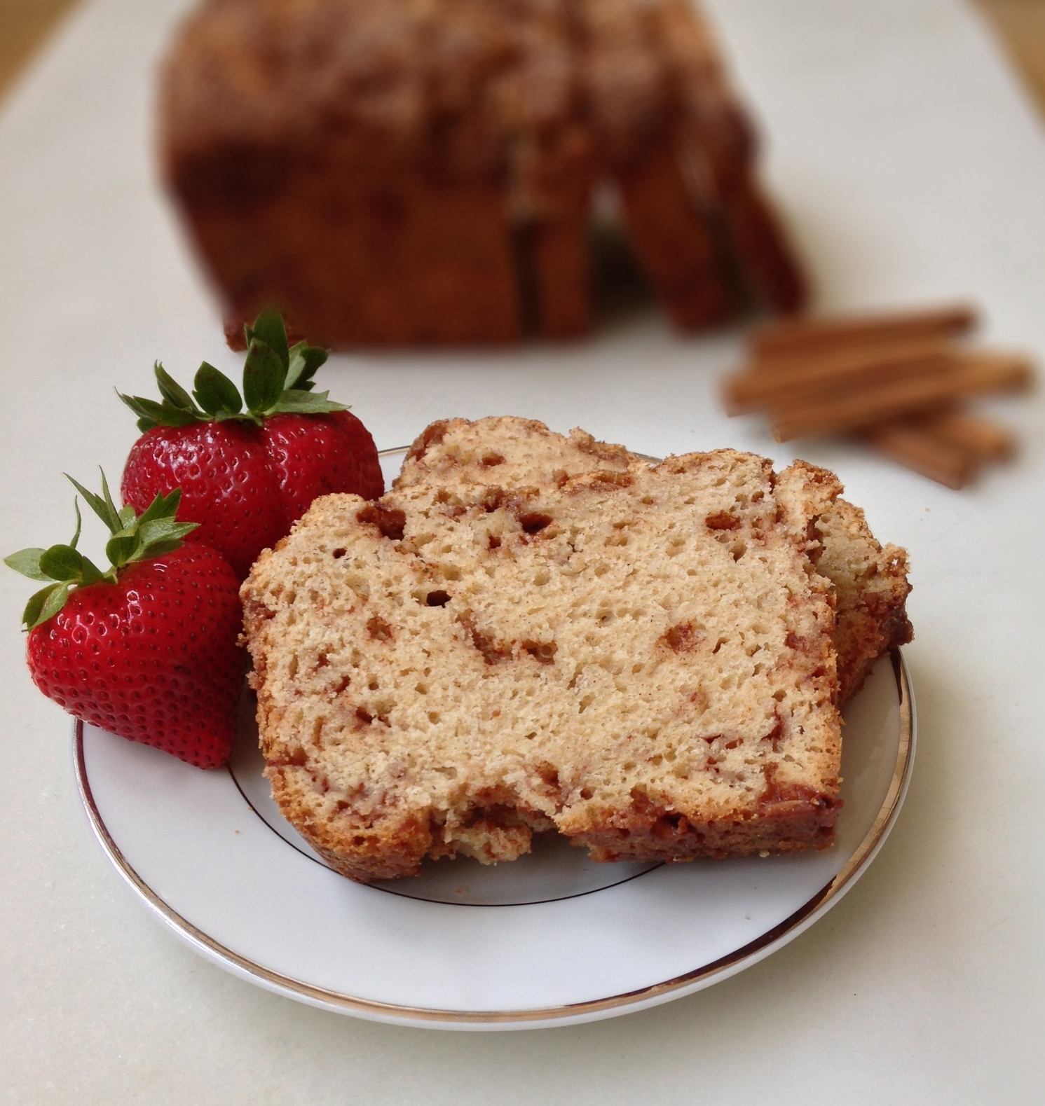 Easy Cinnamon Bread - a yeast bread that requires no kneading! | ChezCateyLou.com