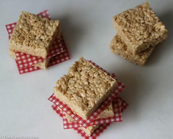 Brown Butter Rice Krispies Treats | chezcateylou.com