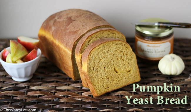 Pumpkin Yeast Bread | chezcateylou.com #pumpkin #recipe