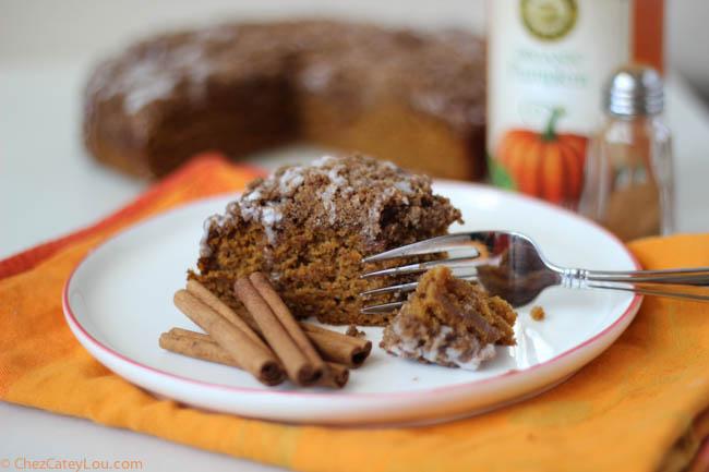 Pumpkin Crumb Coffee Cake | ChezCateyLou.com #pumpkin