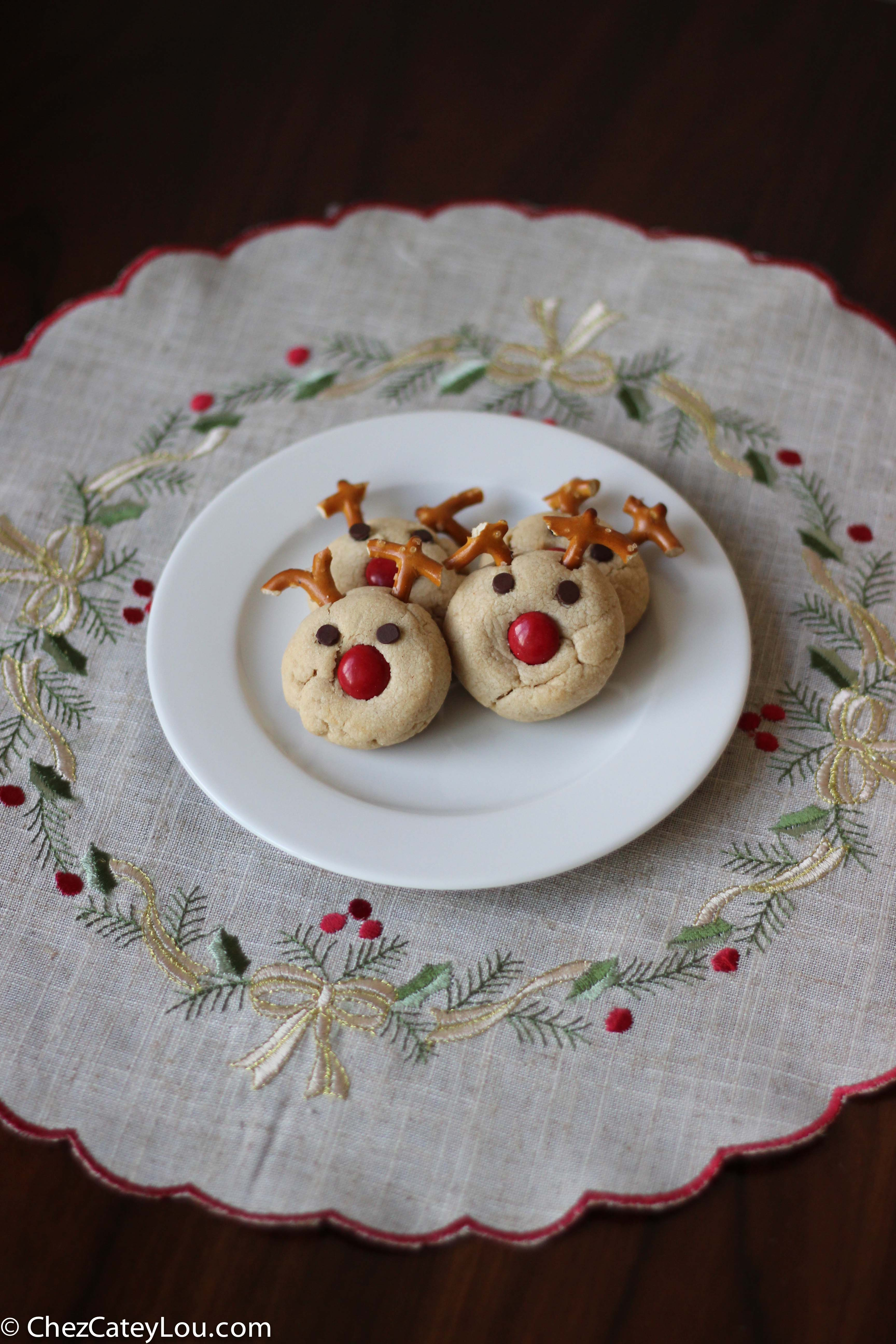 Peanut Butter Reindeer Cookies {Guest Post on Twin Stripe}